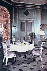 15657973 furthermore Noir Collection  turriit Italian Design Dining Room Furniture 7dec5b559dc79a95 in addition Cote De Texas in addition 7 Essentials For A Kitchen Banquette moreover 10 Dining Table Dining Table Optional Table Dimensions Bench Dimensions Are Designed To Store Under Table Made To Fit 10ft Dining Room Table. on marble table and chairs
