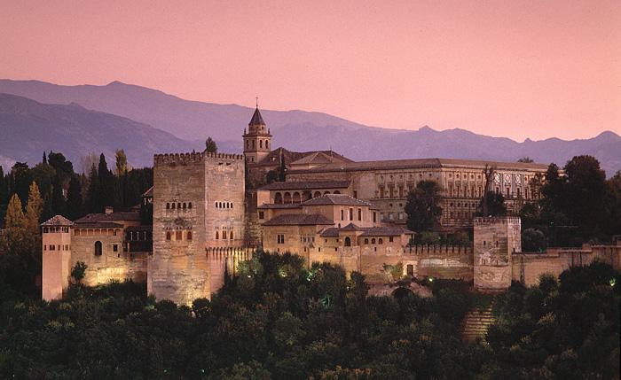 Naissance du Flamenco Alhambra-castle%20outside