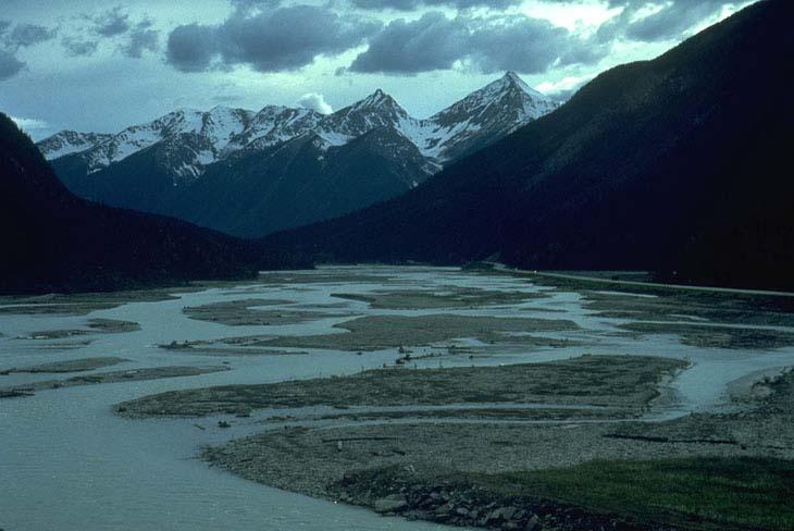 Alaska >> Kicking Horse River, Yoho National Park, British Columbia